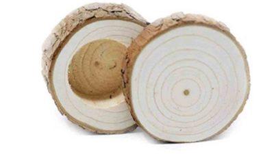 Caixa de fusta de pi per les aliances