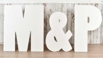 ramalaire wedding planner serveis de casament servei de lloguer de material lletres de fusta per decoracio de casament