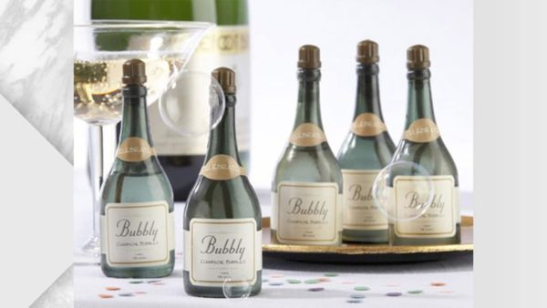 bomboller en forma d'ampolla de champany