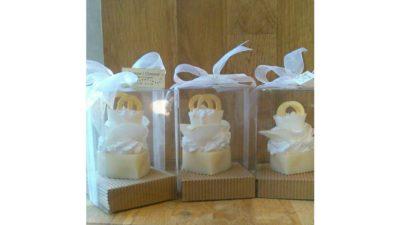 Sabons en forma de cupcakes nupcials