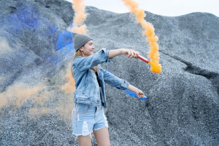 torxes de fum de colors