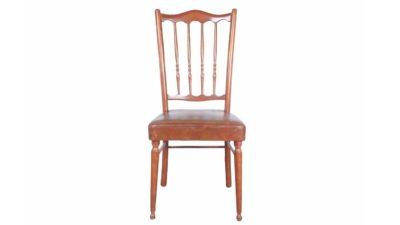cadira de fusta vintage