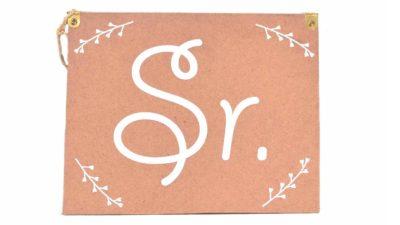 """cartell de cartró """"Sr."""""""