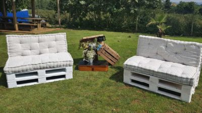 ramalaire wedding planner serveis de casament productes de lloguer sofa de palets